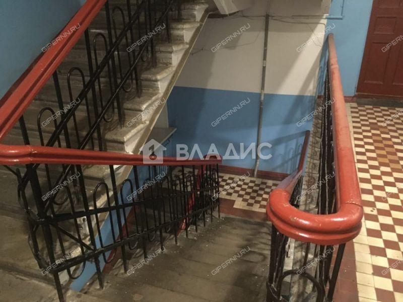 трёхкомнатная квартира на улице Июльских Дней дом 21/96