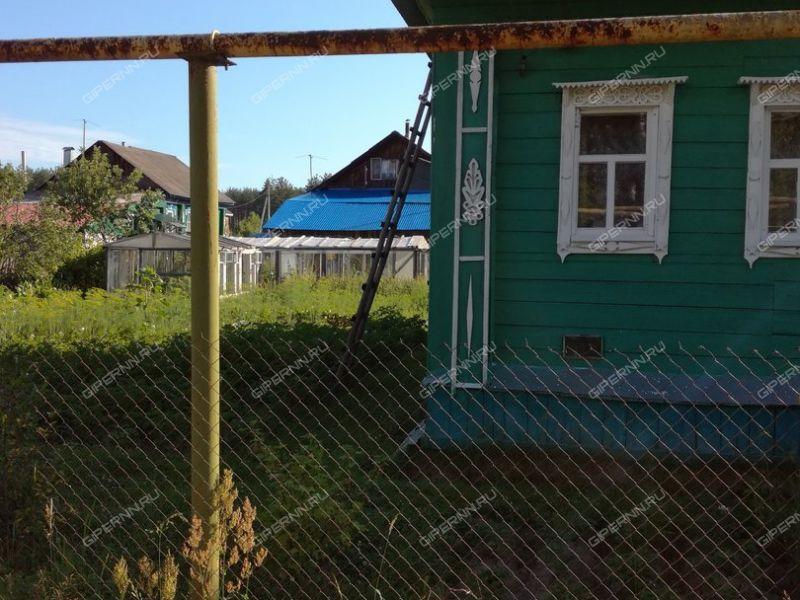 дом на Центральная улица деревня Леонтьево