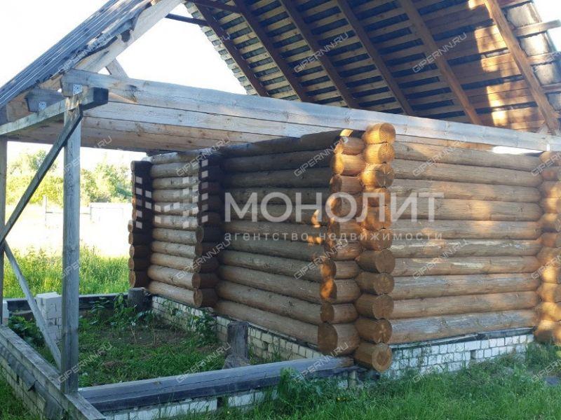 дом на Школьная улица село Великовское
